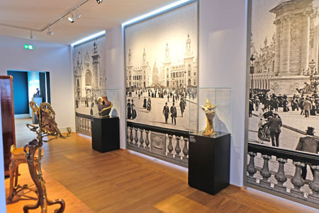 Zahlreiche der gezeigten Exponate wurden auf der Pariser Weltausstellung ausgestellt. © Foto: Diether v. Goddenthow