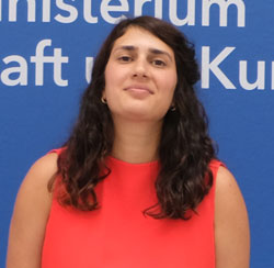 Preisträgerin Fatma Bahar Aydemir. © Foto: Diether v. Goddenthow