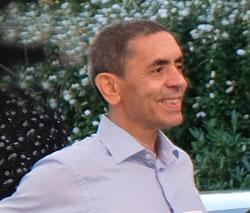 Prof. Ugur Sahin, MD, Vorstandsvorsitzender BioNtech auf dem Sommerabend der Wirtschaft in Mainz am 30.August 2019 © Foto: Diether v. Goddenthow