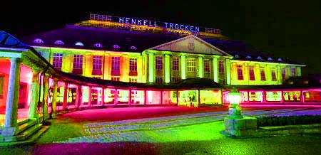 Henkellsfeld Wiesbaden, Biebricher Allee 142 © Foto: Diether v. Goddenthow