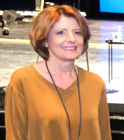 """Ministerpräsidentin Malu Dreyer: """"Nora Gomringer ist eine der großen Sprachartistinnen, die mit ihrer feinsinnigen und reflektierten Dichtung die moderne Literaturszene prägt""""  © Foto Diether v. Goddenthow-"""