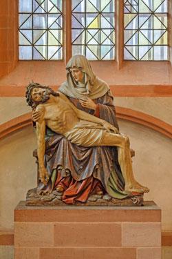 1914 wurde die Holzskulptur des Bildhauers Caspar Weis (1849–1930) im Dom aufgestellt © Axel Schneider