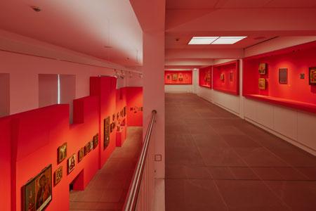 Galerie und Hauptraum im neuen Ikonenmuseum Frankfurt 2021 © lumenphoto.de