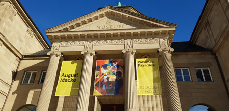 Hessisches Landesmuseum Wiesbaden © Foto Diether v. Goddenthow
