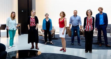 v.l.n.r.: Sandra Kegel, Anja Johannsen, Beate Scherzer, Anne-Catherine Simon, Richard Kämmerlings, Bettina Fischer, Knut Cordsen © vntr.media