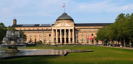 Kurhaus Wiesbaden © Foto Diether v Goddenthow